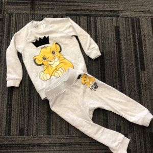 H&M Disney Lion King Sweats